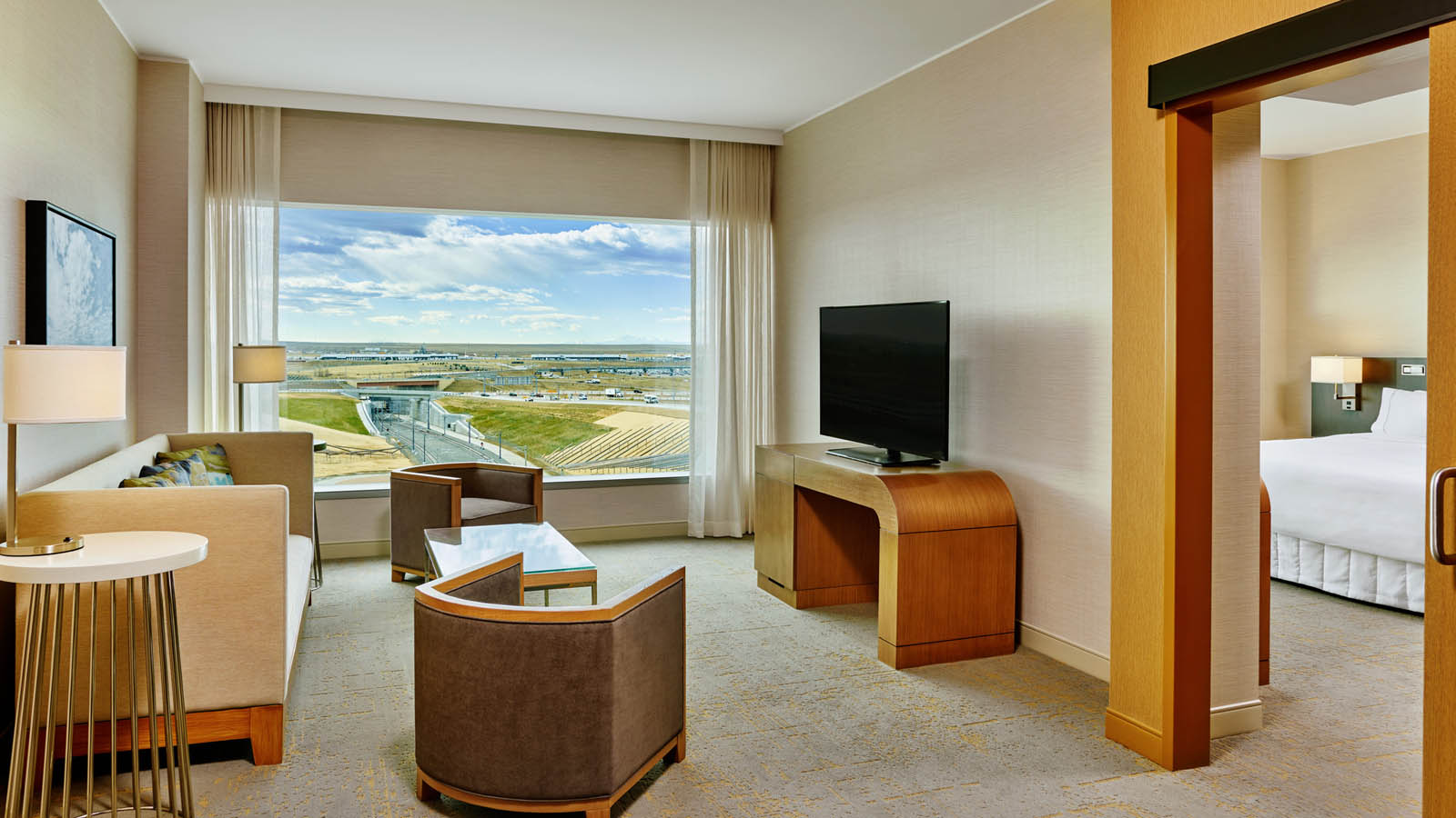 Denver Airport Lodging - Executive Suite - The Westin Denver International Airport