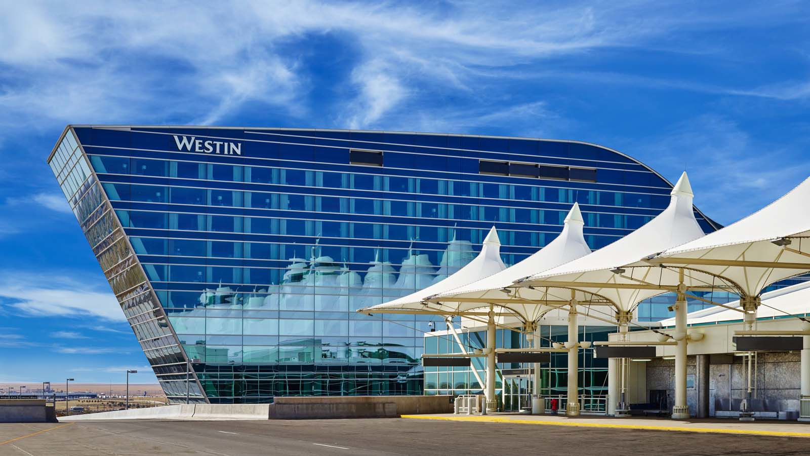 The Westin Denver International Airport - Outdoor Spaces