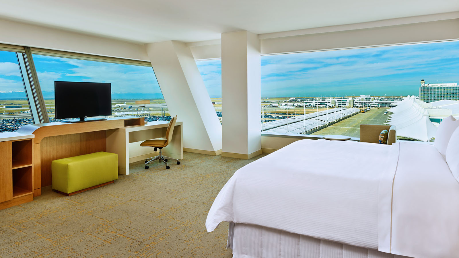 Denver Airport Lodging - Junior Suite - The Westin Denver International Airport